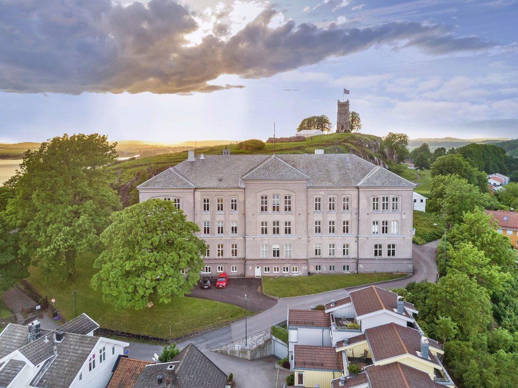 Slottsfjellskolen 001 1067x800